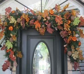 This versatile garland is a perfect way to save time with your holiday decorations.